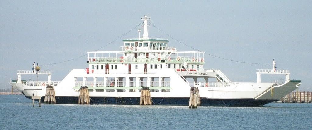 Venezia Ferry boat Lido di Venezia